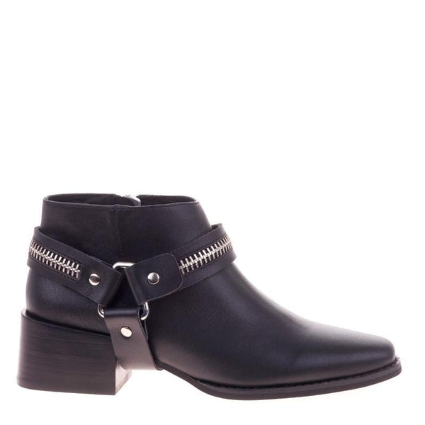 Eddie Black Zip Boots