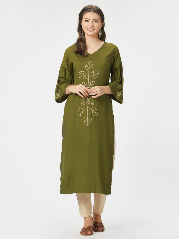 Green Solid Embroidered Kurta