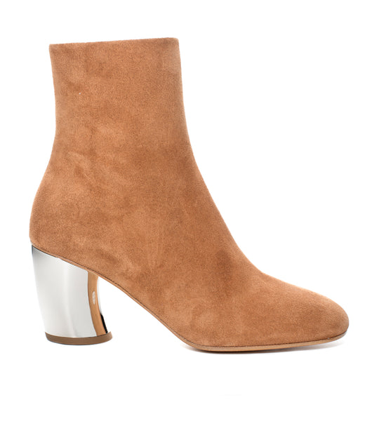 Curved Heel Boots