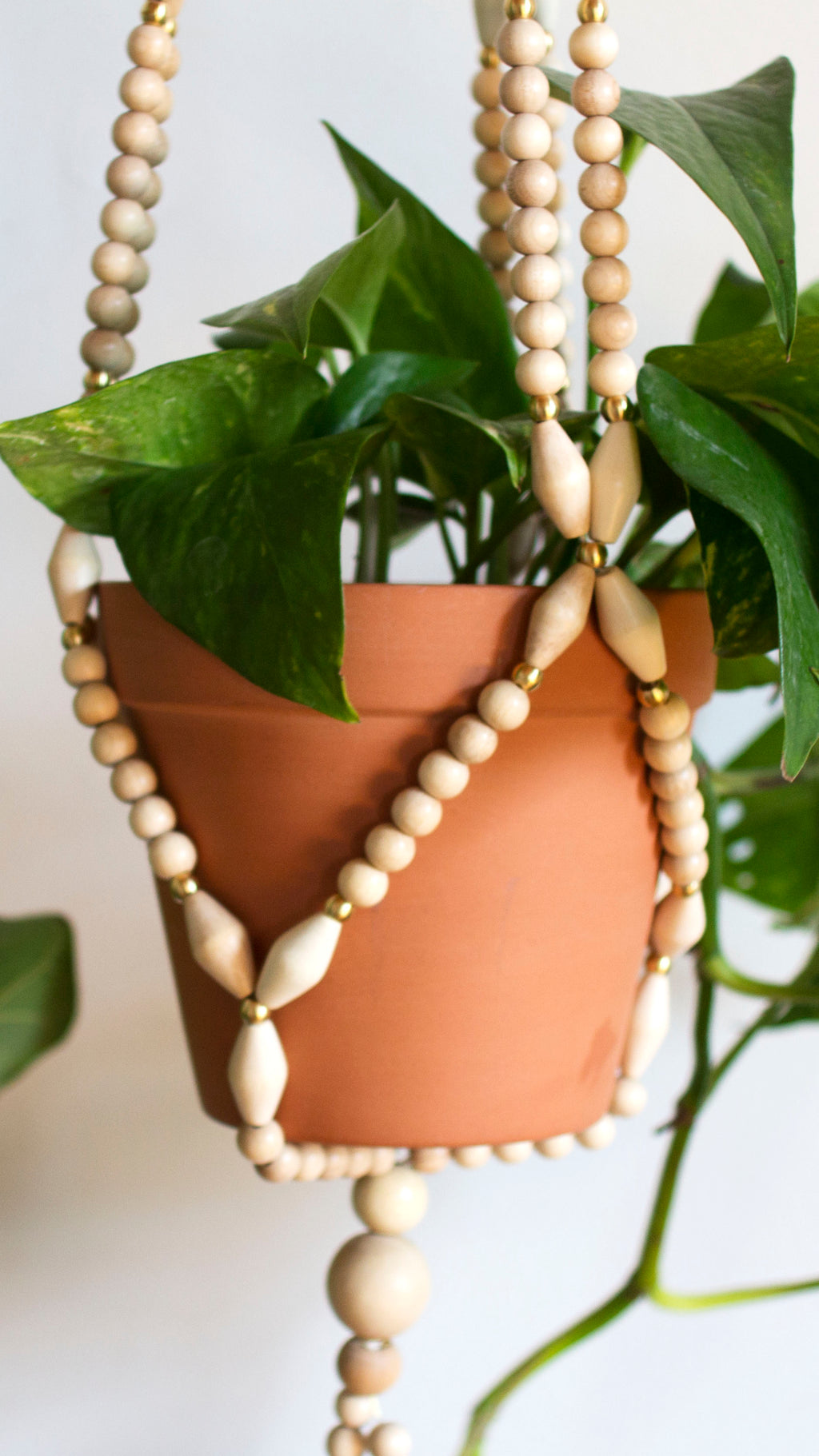 Neutral Beaded Plant Hanger (X-Large)