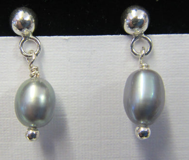 Sterling Silver grey pearl earrings, approximately 2 cm in length
