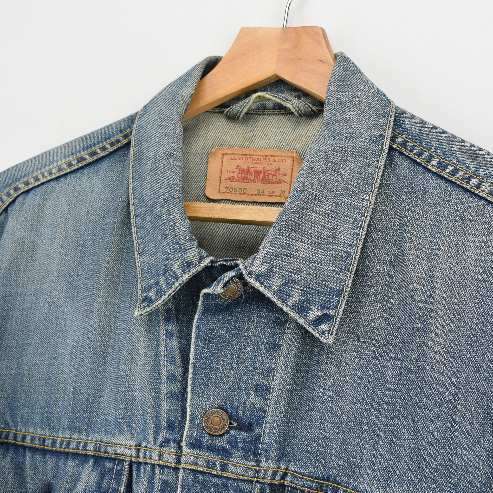 Vintage Levi 70550 Stonewash Blue Denim Trucker Type 3 Jacket M collar