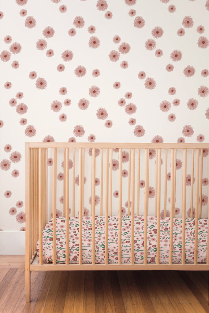 Daisy removable wallpaper - pink (English Afternoon collection)