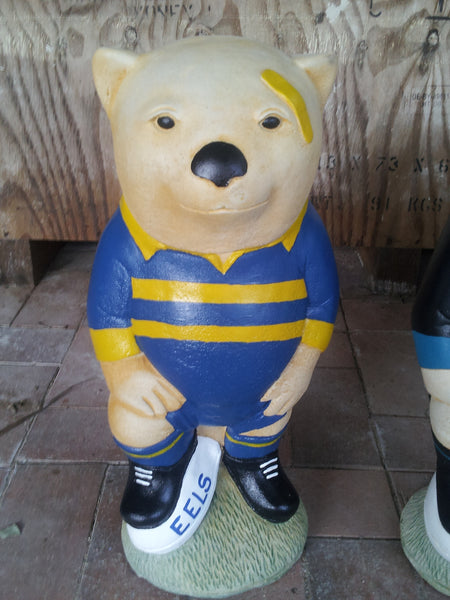 PARRAMATTA EELS NRL Footy Wombat Concrete Garden Statue - the-bowerbirds-nest-of-treasures