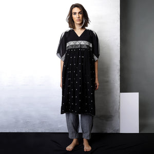 Contemporary Sustainable Fashion from Indian designer wear label O Layla. Koko gathered tunic with pleated pants. Handloom textiles.