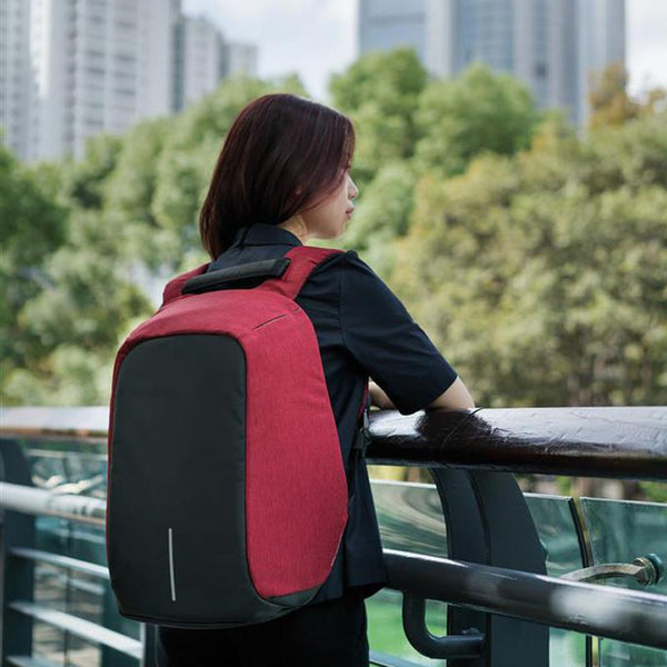 Why You Need An Anti-Theft Backpack Of Your Next Solo Trip