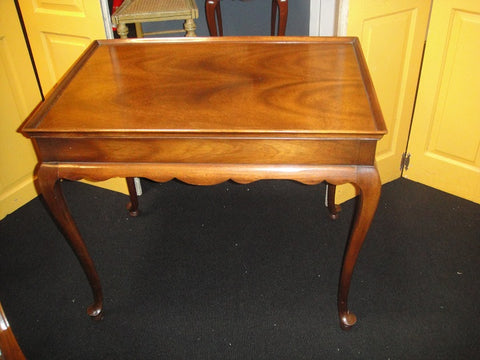 Mahogany Queen Anne Style Tea Table (#1130) - Vintage Affairs - Vintage By Design LLC
