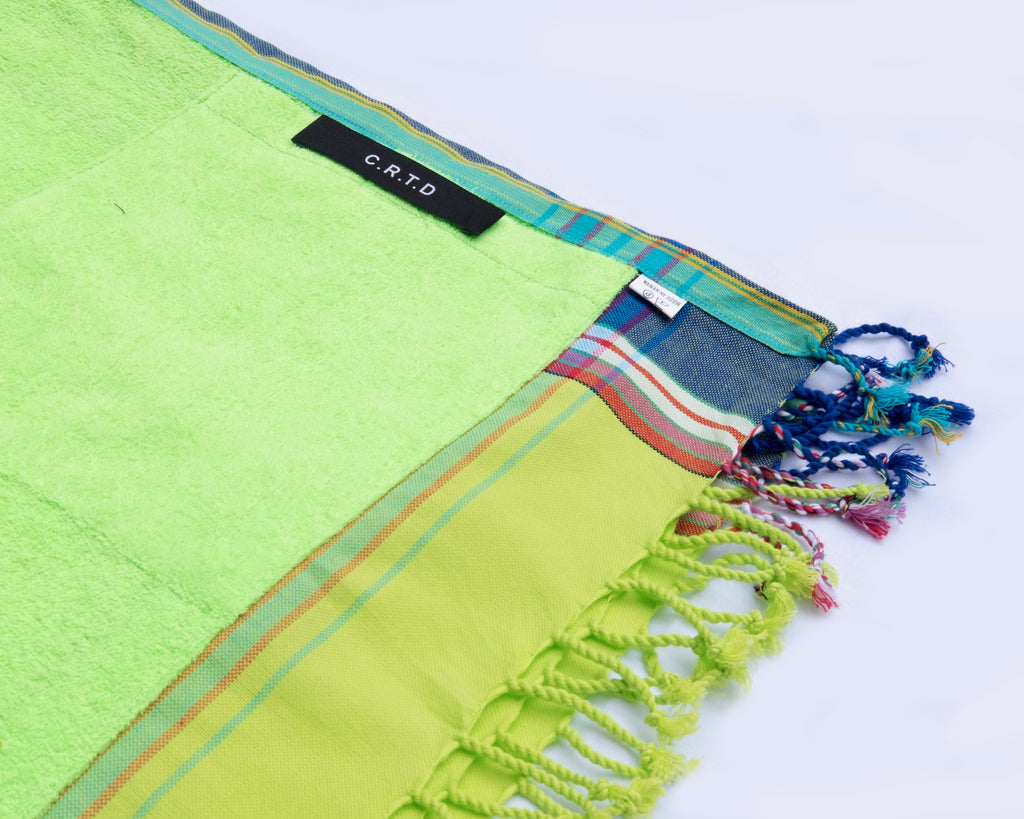 KIKOY TOWEL IN LIME GREEN & BLUE