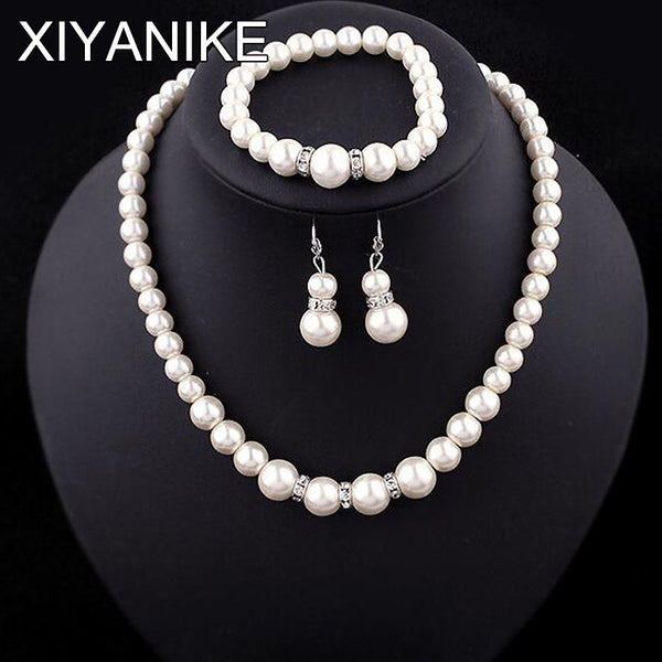 Classic assimilated fashion Pearl Silver Plated Clear crystal Top Elegant Party Gift Fashion Costume Pearl Jewelry