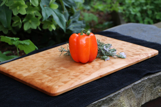 "Curly Western Hard Maple Cutting Board - 16"" x 11"" (Large)"