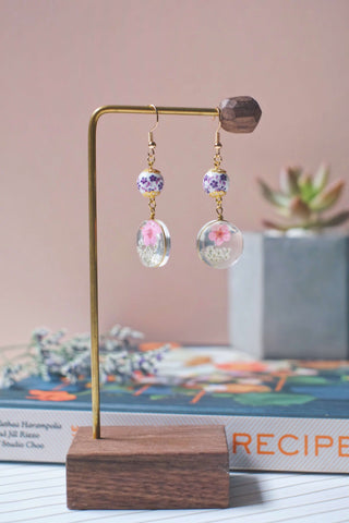 Dried Flower Dangle Earrings (Pink) | Earrings by X - hello flowers!