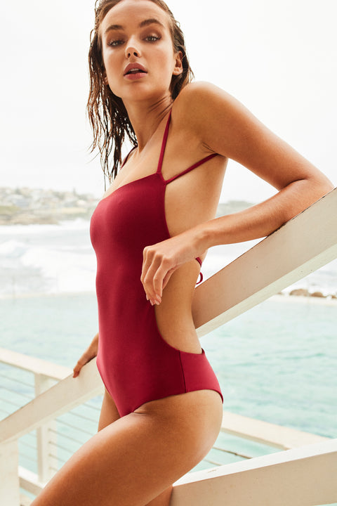 RENEE ONE PIECE - SHANGHAI red