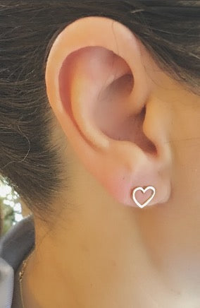 14K Gold Heart Stud Earrings