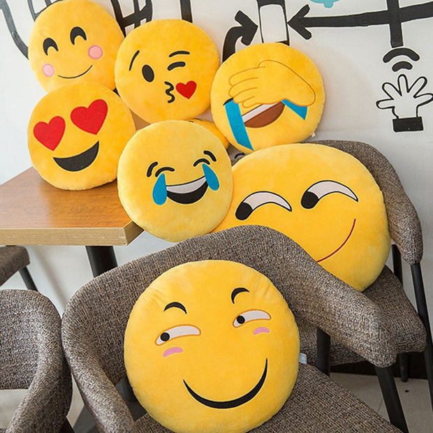 Emoticon cushion - convenient, soft, carefree !