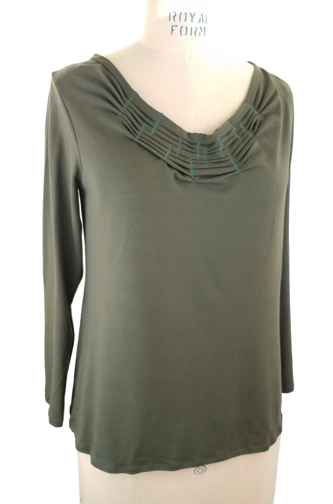 olive fold + stitch round neck top
