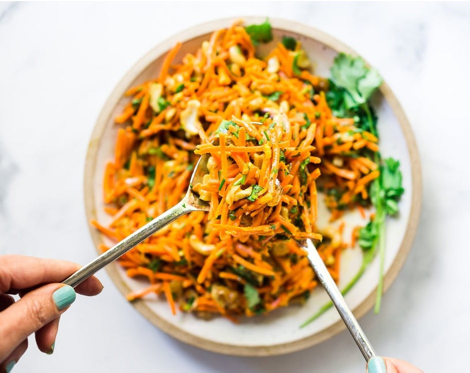 Carrot Salad With Raisins and Cashews