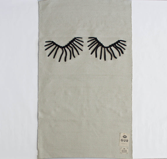 Eyelash rug by GUR & Catarina Carreiras