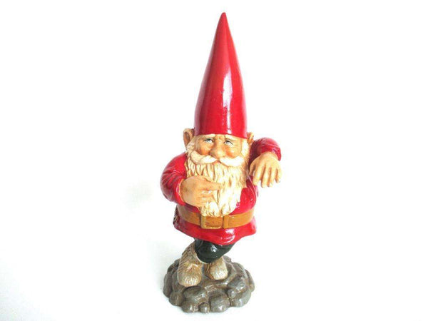 UpperDutch:Gnome,Garden Gnome, 11 INCH red Rien Poortvliet pointing Gnome figurine, Lean leaning, David the gnome, Klaus Wickl.