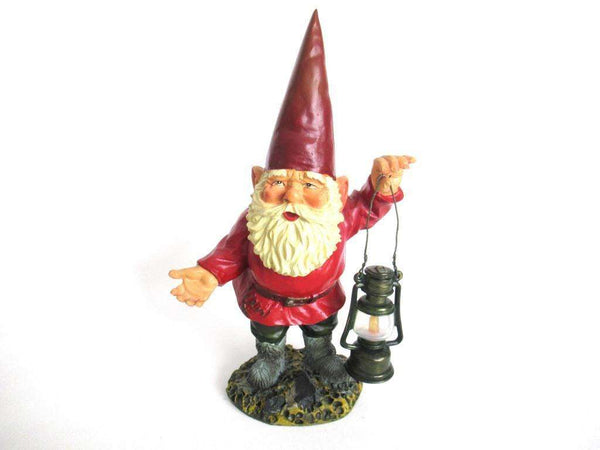 UpperDutch:Gnome,Garden Gnome, David the Gnome after a design by Rien Poortvliet, Collectible Gnome holding a lantern.