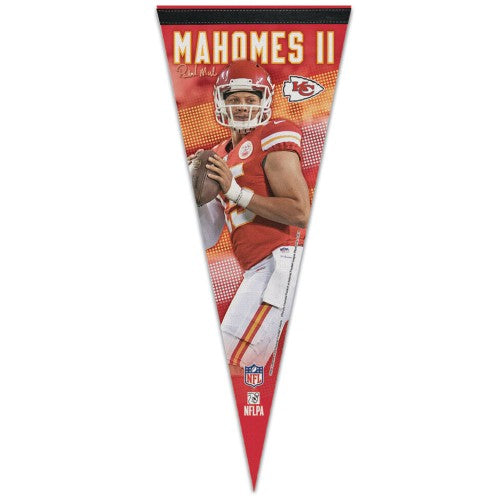 Patrick Mahomes Kansas City Chiefs Signature Series Premium Felt Collector's PENNANT - Wincraft 2018