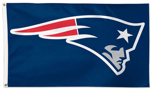 New England Patriots Official NFL Football 3'x5' Deluxe-Edition Flag - Wincraft Inc.