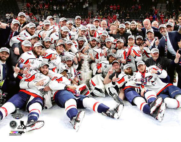 "Washington Capitals ""Celebration On Ice"" (2018) Stanley Cup Premium Poster Print - Photofile 16x20"