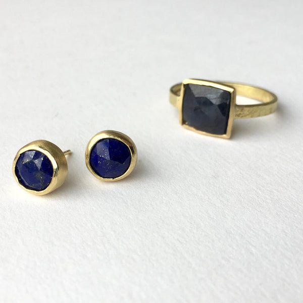 Lapis Lazuli and gold earrings, square rough sapphire ring in 118 ct gold by Michele Wyckoff Smith.