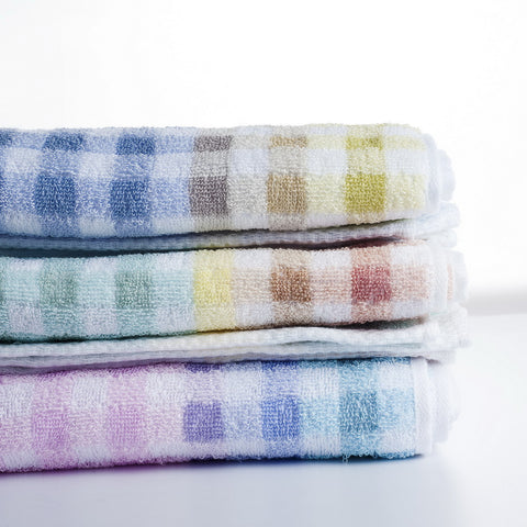 Nastex Japan Famille Gradation Gingham Bath Towel, 118 x 59 cm