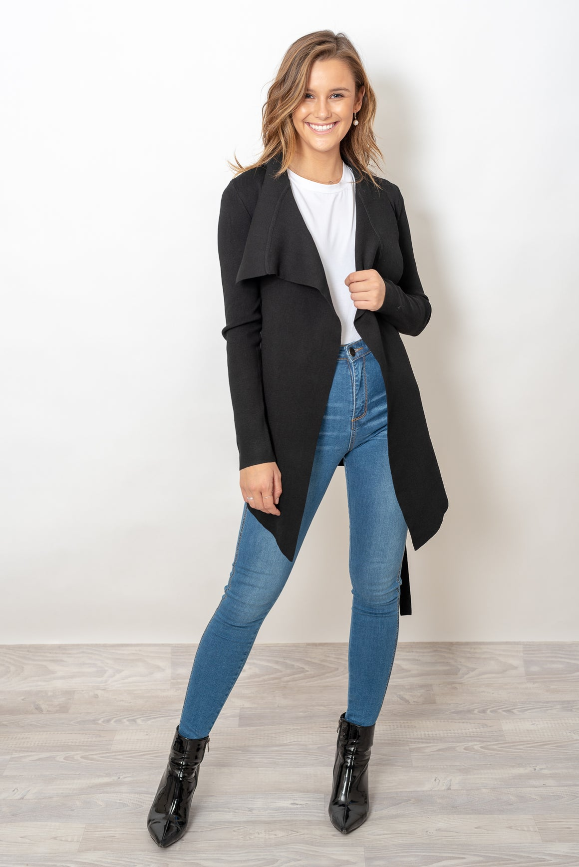 THE MONSAC CARDI - BLACK