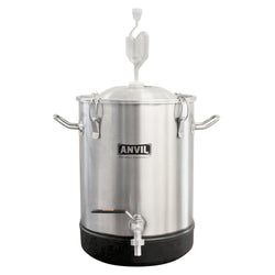 7.5 Gallon Bucket Fermentor - Anvil