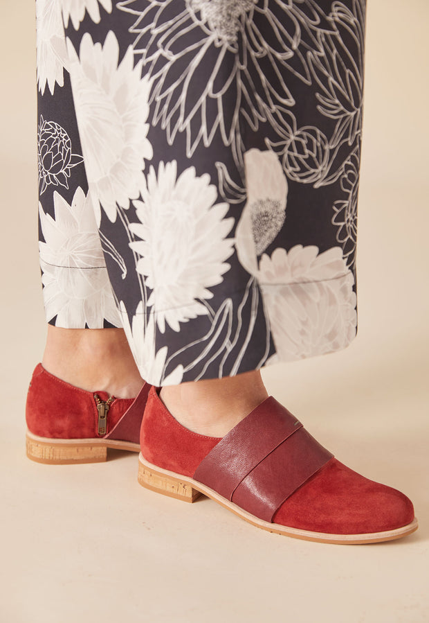 Banded Loafer - Dark Berry