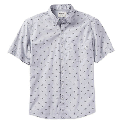 Fresh from the loom, this full-button woven shirt helps establish a versatile wardrobe foundation. You won't have to sacrifice comfort to elevate your look, or worry about an outfit change between points A through Z.
