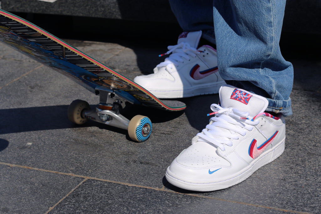 nike sb x parra dunk low on foot, amigos skate shop