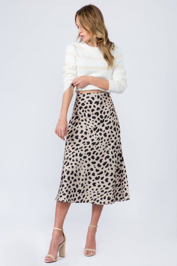 Silk midi skirt in beige with leopard print