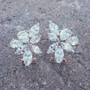 Bridal earrings, Cubic Zirconia earrings, wedding earrings, CZ Cluster earrings, srud earrings, bridesmaid earrings