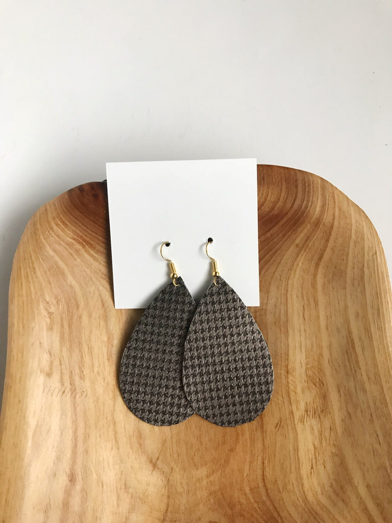 Limited Edition Sale in Gray Houndstooth