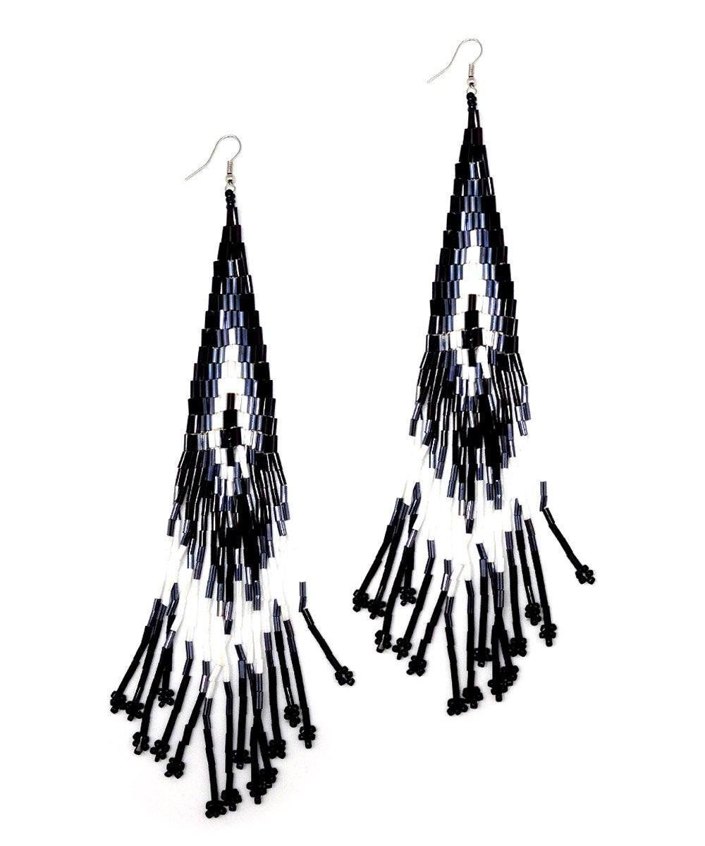 Indian black earrings - Editions LESSisRARE Bijoux
