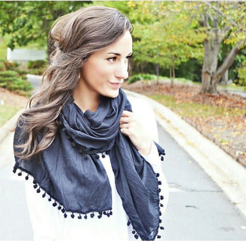 Pom Pom Scarf - april-marin