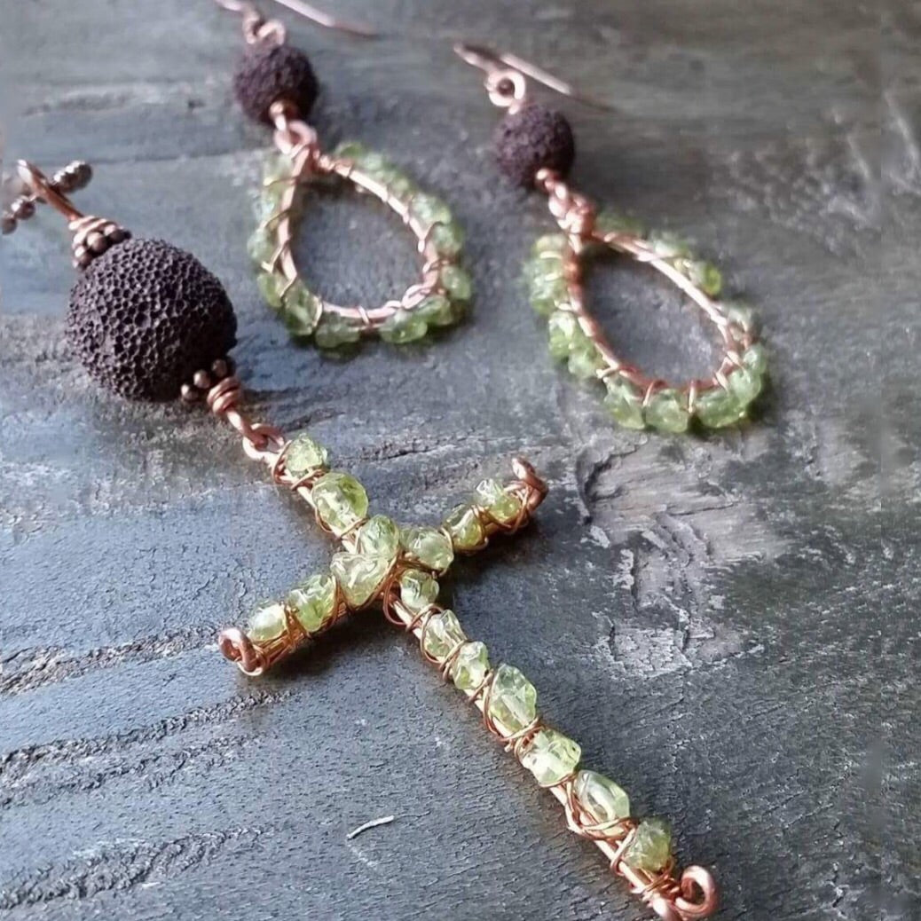 Essential oil diffuser necklace and earring set -peridot & copper cross