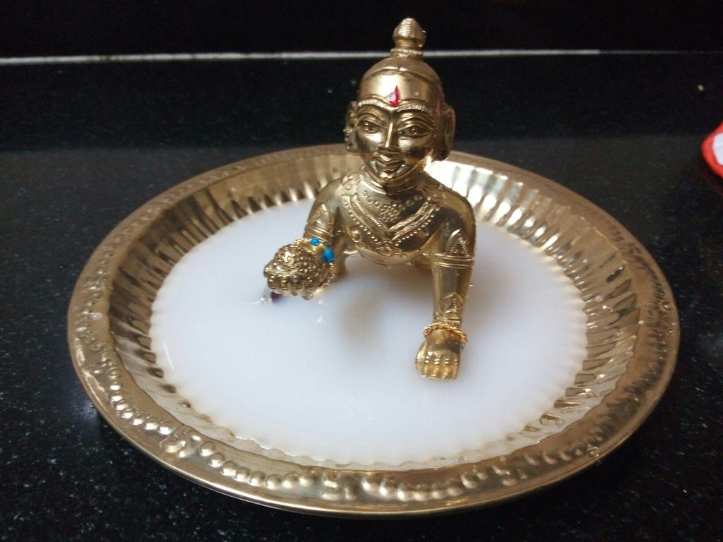 The Milk Bath laddu gopal