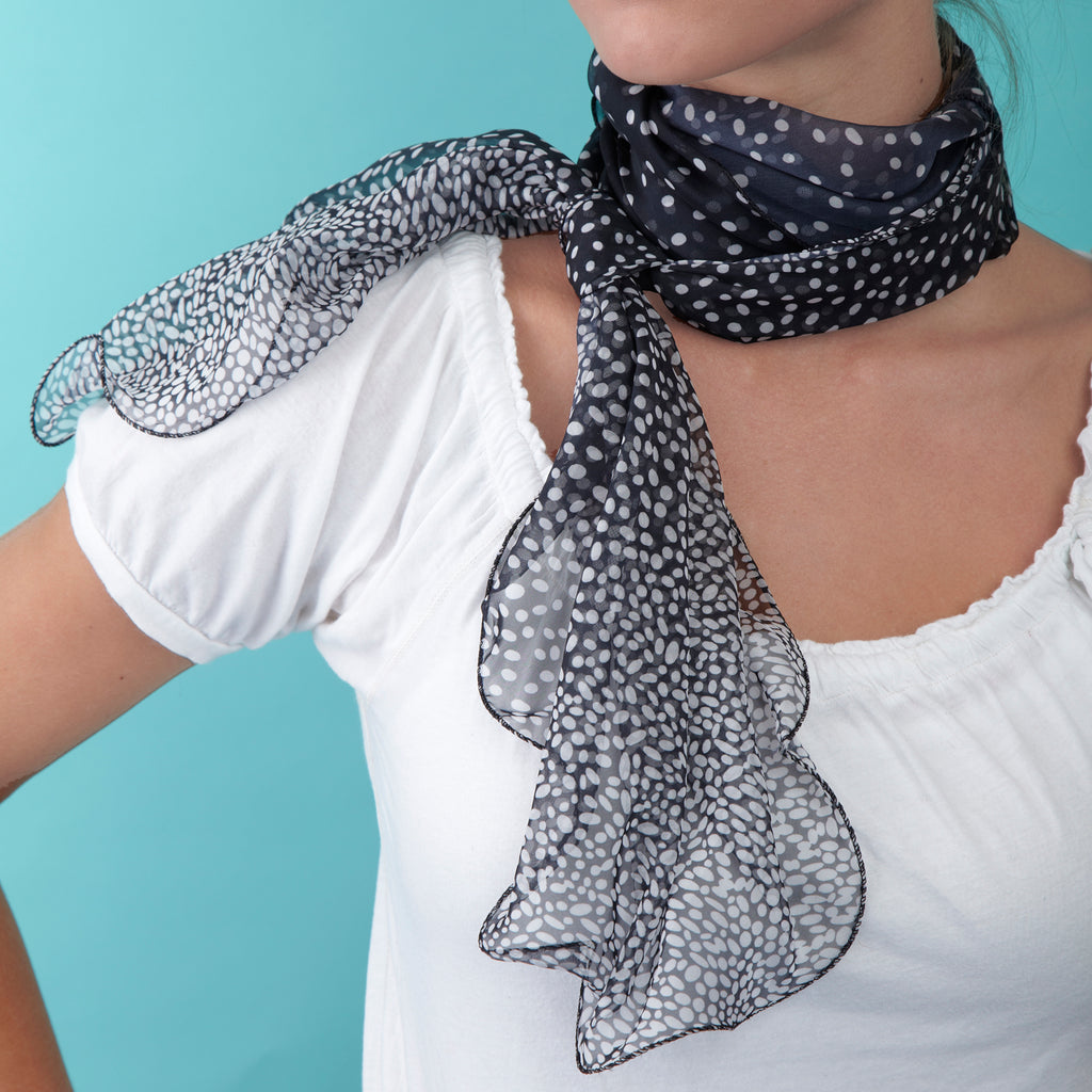 Two's Company 20080-20 Dots Scarf