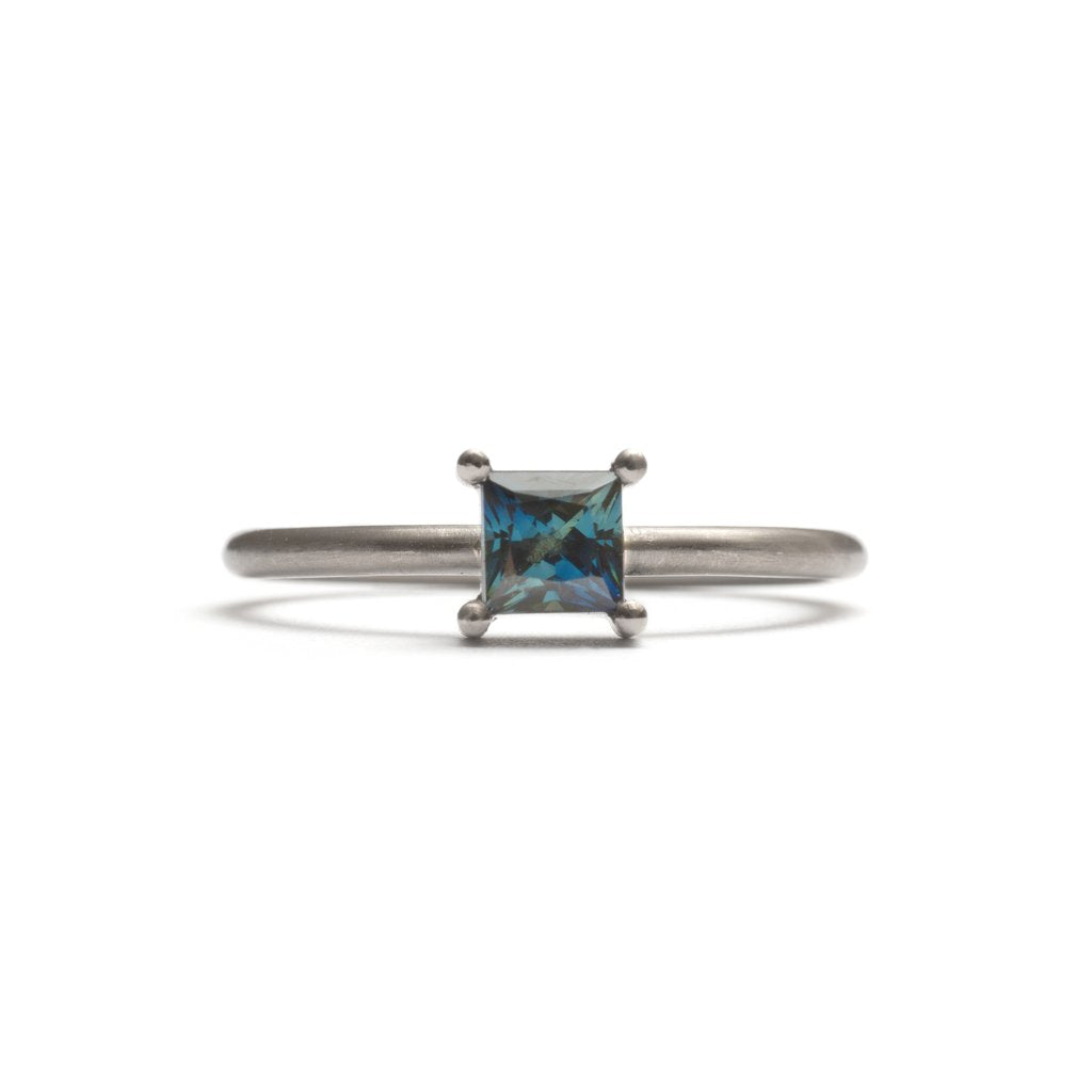 White Gold Parti Sapphire Element Stacking Ring