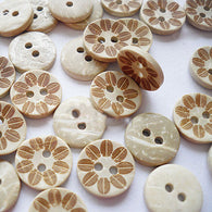 Pack of 20 Carved 2-hole Basic Sewing Button, Coconut Button, BurlyWood, 13mm