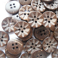 Pack of 20 4-Hole Buttons in Round Shape, Coconut Button, 15mm