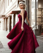 Chic Prom Dresses Sexy Halter Burgundy Lace Prom Dress/Evening Dress JKL068