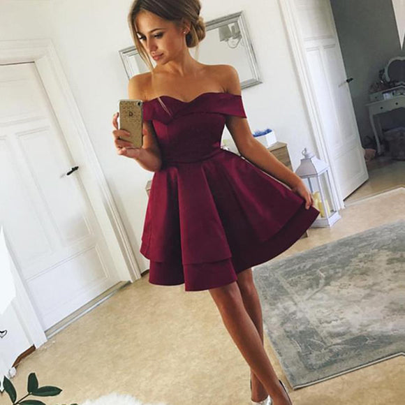Lovely 2018 Dark Red Off the Shoulder Short  Graduation Prom Dress 8th Grade Junior Prom Gown