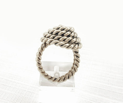New handcrafted stunning style women ring twisted wire design 925 sterling silver purity fine metal.