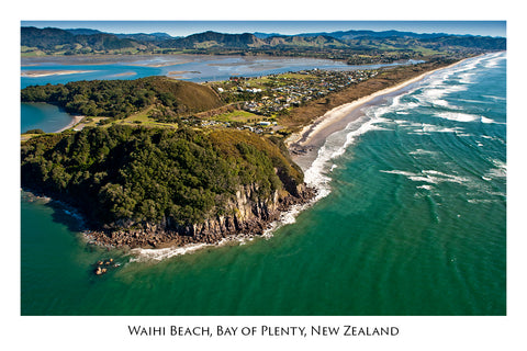630 - Post Art Postcard - Waihi Beach