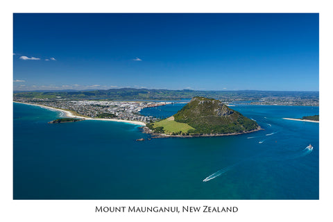 634 - Post Art Postcard - Mount Maunganui