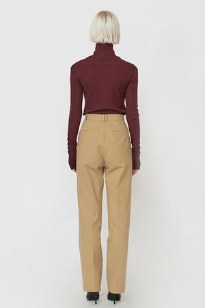 Embroidered Turtleneck in Wine